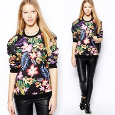 I'm so looking forward to fall, so much ...Here is a real fall fashion. A #floralprintpullover,Colorful floral print all over, stylish and special. I seriously love this look, what about you?