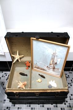 Modern Interior, Create Your Own, Antiques, Frame, Home Decor, Antiquities, Picture Frame, Antique, Decoration Home