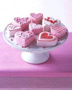 no bake mini heart cakes