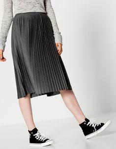 Fine pleat midi skirt - Midi - Skirts - Clothing - Woman - PULL&BEAR Israel