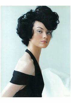 Shalom Harlow 1995 Vogue Photo Mario Testino