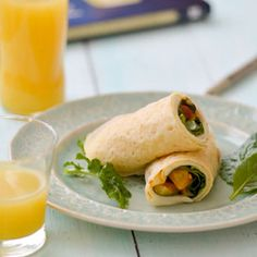 Your kids will eat their veggies with these little rolls filled with cheese and love. A delicious, healthy breakfast crepe.