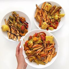 Lunch bowl with Sweet Potato Fries, Corn on the Cob & Steamed Veggies @fithealthydi