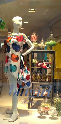 Blugirl : as colored as a sweet box of candies! - Milan fashion windows