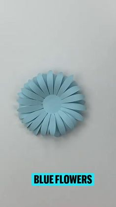 Giant Flowers, Diy Flowers, Fabric Flowers, Paper Crafts Origami, Diy Paper, Rolled Paper Flowers, Paper Flower Tutorial, Stone Crafts, Handmade Flowers
