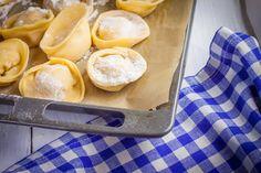 Pumpkin Tortellini with Spinach Walnut Pesto - Rock the Taste #Recipe #Foodporn #Food #Autumn #Pumpkin