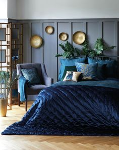 s digest jewel tone room, jewel tone decor, Jewel Tone Bedroom, Blue And Gold Bedroom, Bedroom Colors, Bedroom Decor, Peacock Bedroom, Peacock Room Decor, Blue Bedrooms, Decor Room, Bedroom Ideas