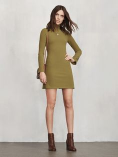 Like this green color. Something like this could make for a good night-out look.