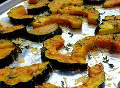 Parmesan-Roasted Acorn Squash. I just made this, it tastes delicious! #FallFoods #Squash