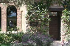 ES_Cypress Ridge_Orchard_ext_hideaway_front door