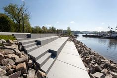 Donaupark-13-Donaupark_Lichtschwaermer « Landscape Architecture Works | Landezine