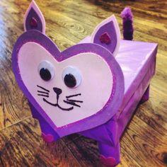 Valentine card box, kitty style! Cat shaped Valentine box...