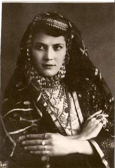 Kazan Tartar woman in Azeri Turkish Wedding Dress.