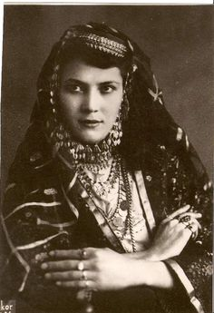 Yingce: Kazan Tartar woman in Azeri Turkish Wedding Dress.