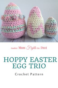 This crochet Easter egg trio is perfect to add to your Easter decor, or even to stick into your kids Easter baskets. The crochet pattern includes three sizes of eggs in 3 different designs. Knitting Projects, Crochet Projects, Crochet Tutorials, Knitting Ideas, Crochet Crafts, Crochet Ideas, Crochet Home, Easy Crochet, Free Crochet