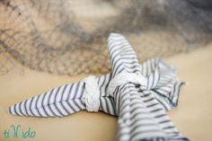 Turk's Head Knot Napkin Rings Tutorial | Tikkido.com.