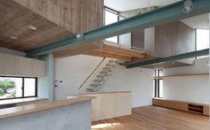 Image 9 of 20 from gallery of Small House with Floating Treehouse / Yuki Miyamoto Architect. Photograph by Masayoshi Ishii