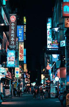 Insadong, Myeongdong, and Hongdae in Seoul, South Korea Aesthetic Korea, Night Aesthetic, City Aesthetic, Travel Aesthetic, Seoul Wallpaper, City Wallpaper, Photo Wallpaper, Seoul Korea Travel, South Korea Seoul