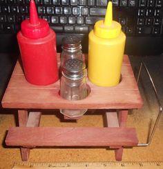 Vintage Redwood Picnic Table Condiment Set Ketchup Mustard Salt Pepper Napkin
