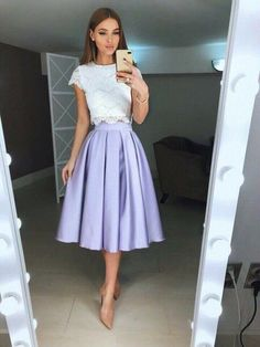 Pin by Shelyda Menezes on Saias & Vestidos in 2019 Casual Skirt Outfits, Modest Outfits, Dress Outfits, Cute Outfits, Dress Shoes, Shoes Heels, Jw Fashion, Modest Fashion, Fashion Dresses