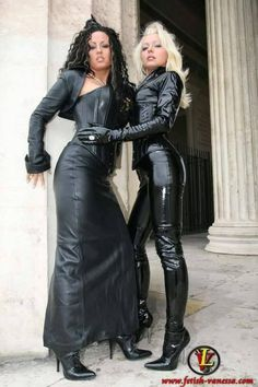 "vanessa-worshipper: ""i'm addicted to Lady Vanessa, i appreciate Her passions! Sexy Stiefel, Leder Outfits, Crazy Outfits, Sexy Latex, Leather Dresses, Leather Skirt, Sexy Boots, Latex Fashion, Latex Girls"