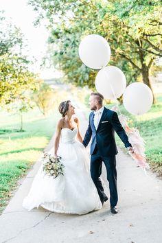 Hochzeitsfotos mit Luftballons