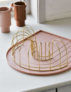 Pink Rainbow Dish Tray with Brass Drainer Home Accessories Stores, Dish Drainers, The Dish, Cool Kitchens, Interior Inspiration, Gifts For Her, Tray, Dishes, Pink