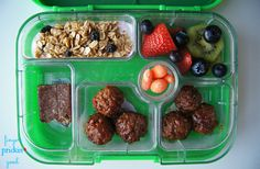 Here's what's inside: BBQ Meatballs (6)= 13 carbs Kiwi= 5 carbs Blueberries= 1 carb Carrots= 0 carbs Chobani Champions Yogurt= 9 carbs Granola w/ dried blueberries (yogurt topping)= 11 carbs Strawberries= 2 carbs 1/2 Chocolate Chip Cookie Dough LARABAR= 14 carbs Lunch Total= 55 carbohydrates