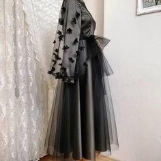 No photo description. Long Prom Dresses Uk, Beautiful Long Dresses, Prom Dresses With Sleeves, Hijab Wedding Dresses, Dress Long, Dress Prom, Dress Wedding, Iranian Women Fashion, Muslim Fashion