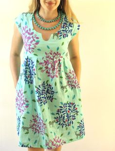 "Love this tunic dress.  Don't think I would make the ""notch"" in the neck line, but otherwise love.  Haha... 'don't think I would make;' I can't make anything!"