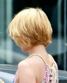 how i wish my hair looked from the back (Dianna Argon)