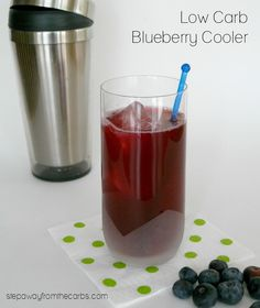 Low Carb Blueberry Cooler - Step Away From The Carbs Sugar Free Sweets, Sugar Free Recipes, Ketogenic Recipes, Keto Recipes, Dessert Recipes, Blueberry Vodka, Low Carb Cocktails, Best Low Carb Recipes, Keto Drink