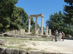 #magiaswiat #olimpia #podróż #zwiedzanie #grecja #blog #europa  #obrazy #figury #twierdza #kosciol #morze #miasto #zabytki #muzeum #teatr #wyrocznia Mount Rushmore, Mountains, Nature, Blog, Travel, Europe, Naturaleza, Viajes, Blogging