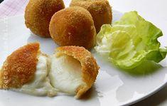 APERITIVE FESTIVE - Rețete Fel de Fel Mozzarella, Deserts, Muffin, Good Food, Food And Drink, Tasty, Breakfast, Mai, Salads