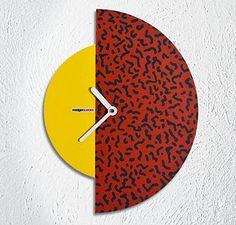 Moga Clock