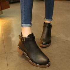 New Arrival of Beautiful and very comfortable shoes for women in a very reasonable price.Do shop with yoybuy.com and save your money.