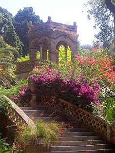 Garden Gazebo - Taormina, Sicily , Italy