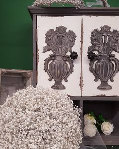 Coronitas y bouquets preservados!#floresdebuenosdias#florespreservadas#weddingnorte#comunionesflores#artefloral#artesaniafloral#coronitasshabby#coronitascomunion# Wreaths, Fall, Instagram, Home Decor, Crowns, Autumn, Homemade Home Decor, Door Wreaths, Deco Mesh Wreaths