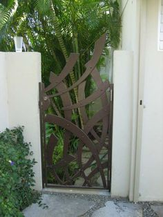Blacksmith : Custom Designed Gates : Hand Forged Steel