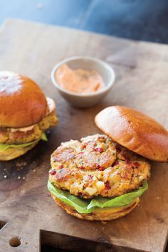 Chickpea & Roasted Red Pepper Burgers with Smoked Paprika Mayonnaise | Williams-Sonoma Taste