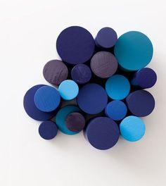 Bleu Lapis Lazuli, Bleu Marmara et Eclipse. Gamme : Crème de Couleur de DULUX VALENTINE