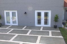 Poured Concrete Pavers Create a Stylish Patio