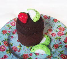 Mini cake tutorial | Handmade Cuddles