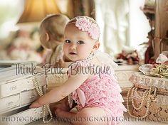 Mameluco de encaje rosa Petti de venta. Mameluco de Petti, mameluco, mameluco, mameluco de encaje de las niñas, traje de las niñas, traje de torta de Smash, encaje rosa de encaje.