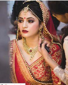 Cutipieanu Indian Bridal Lehenga, Wedding Bride, Wedding Ideas, Bride Look, Best Wedding Photographers, Necklace Designs, Beautiful Bride, Indian Beauty, Wedding Photography