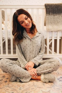 new pj's i'm loving + gift ideas for new moms - Lauren Kay Sims Jean Outfits, Casual Outfits, Lauren Kay Sims, Casual Jeans, Mom Style, Fashion Advice, New Moms, Pjs, Autumn Fashion