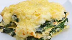 Change up your usual lasagne with this chicken and cheese white sauce version. We bet your entire family will love it.