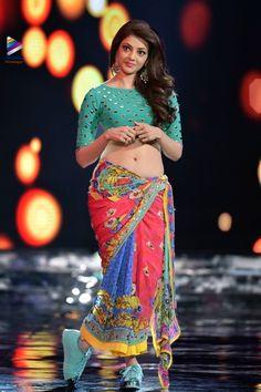 Indian Desi beauties Indian beautiful girl – Indian Desi Beauty – Indian Beautiful Girls and Ladies Most Beautiful Indian Actress, Beautiful Actresses, Sonam Kapoor, Deepika Padukone, Hot Actresses, Indian Actresses, Low Waist Saree, Kajal Agarwal Saree, Indian Navel