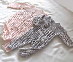 Baby onesies, with top down knit matching jacket  – P048 on Etsy, 25,00kr