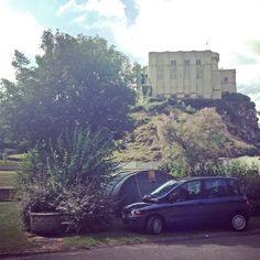 Falaise, camping met uitzicht op het kasteel
